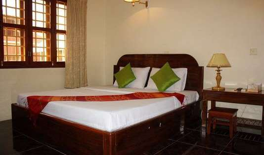 Find cheap rooms and beds to book at hotels in Siem Reap